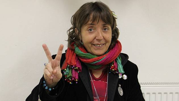 Držitelka Thálie. Za roli Helenky Součkové v inscenaci Hrdý Budžes, se kterým přijela Barbora Hrzánová do Jihlavy, získala v roce 2003 ocenění v podobě Ceny Thálie.