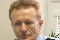 Leoš Švarc. Ten se stal novým vedoucím Inspektorátu cizinecké policie v Jihlavě. Předtím pracoval 17 let na Hatích.