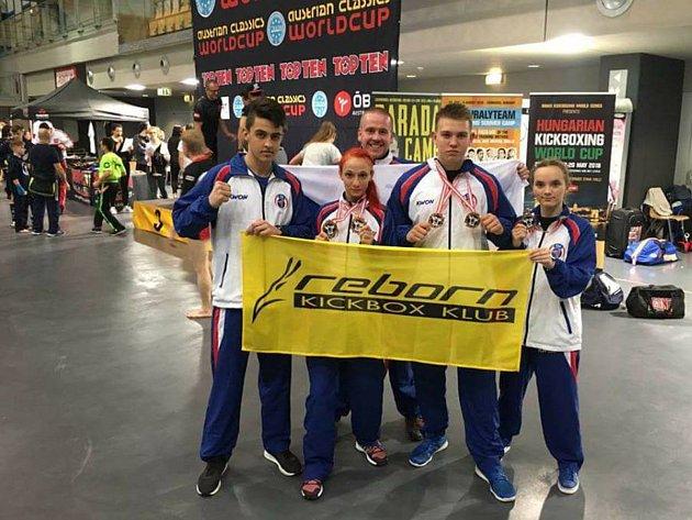 Reprezentanti Reborn klubu se v Innsbrucku rozhodně neztratili. Bylo z toho pět medailí!