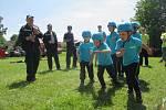 Hasičská soutěž dětí 9. června v Růžené. Na obrázku tým z Batelova.