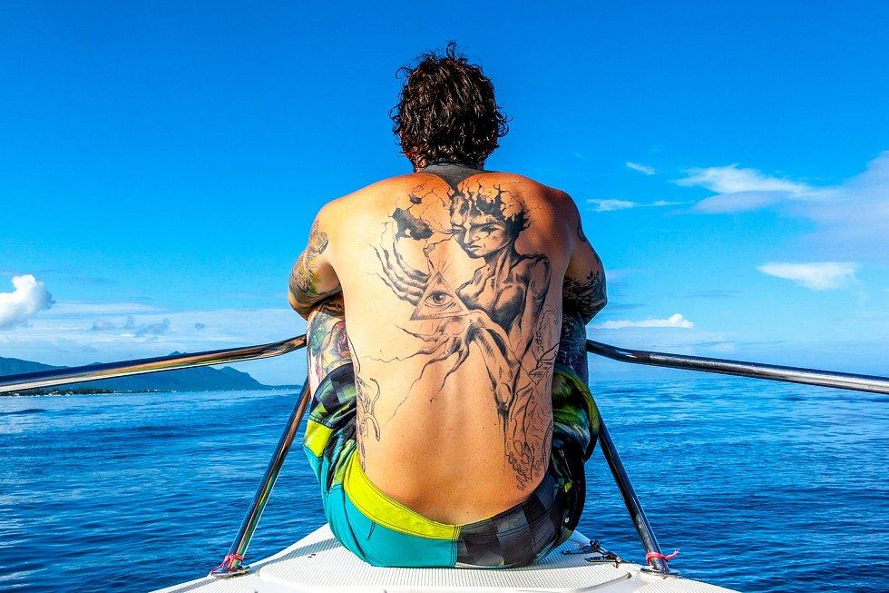 Radek Venc propadl surfování.