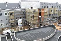 Část bývalého továrního areálu získala novou podobu, Jihlavské terasy svítí novotou.