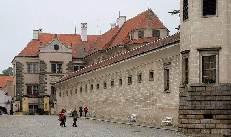 Pohled na zámek Telč, který patří v Česku mezi ty nejpohádkovější.