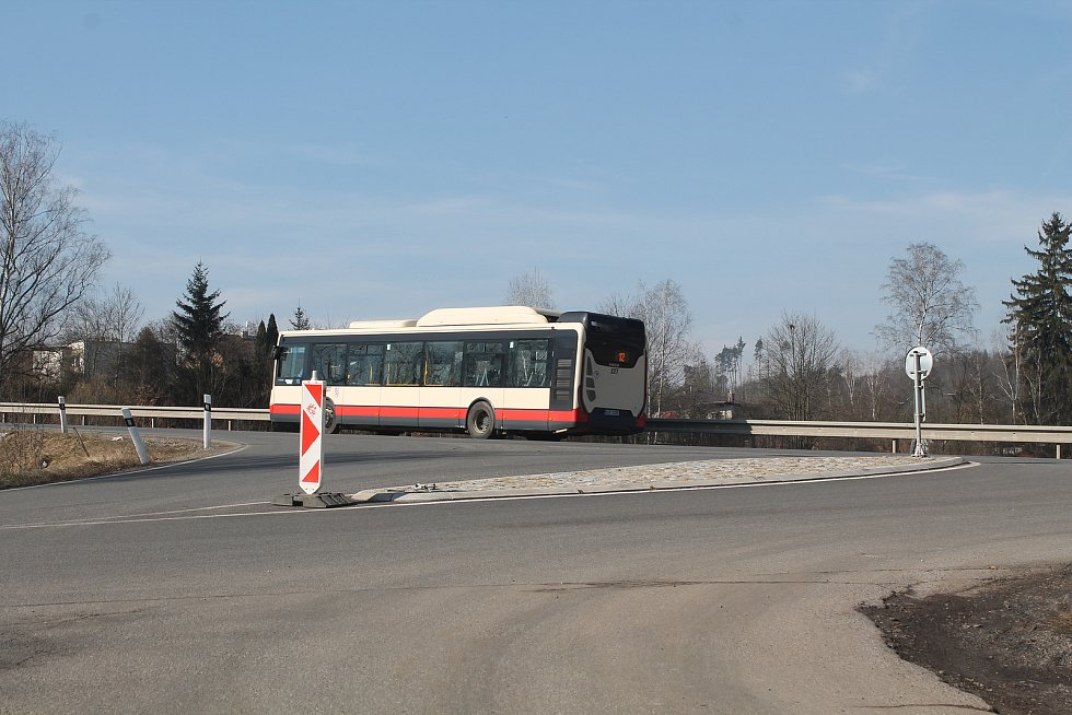 Do Malého Beranova zajíždí autobusy jihlavské MHD.
