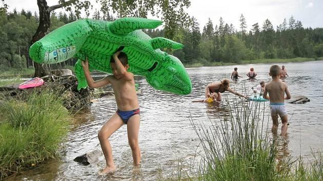Velkopařezitý rybník v Řásné.