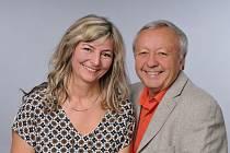 Písničku o koronaviru nazpívali Václav Žákovec a Anna Volínová.