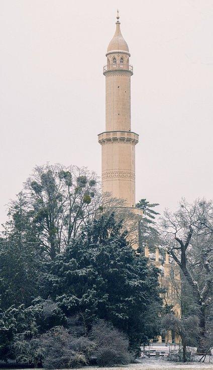 Minaret u Lednice na Břeclavsku v zimním hávu, 9.2.2021