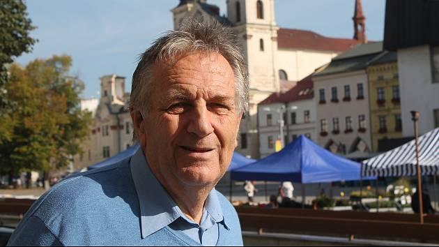 Antonín Křoustek je jednatelem jihlavské pobočky Bílého kruhu bezpečí.