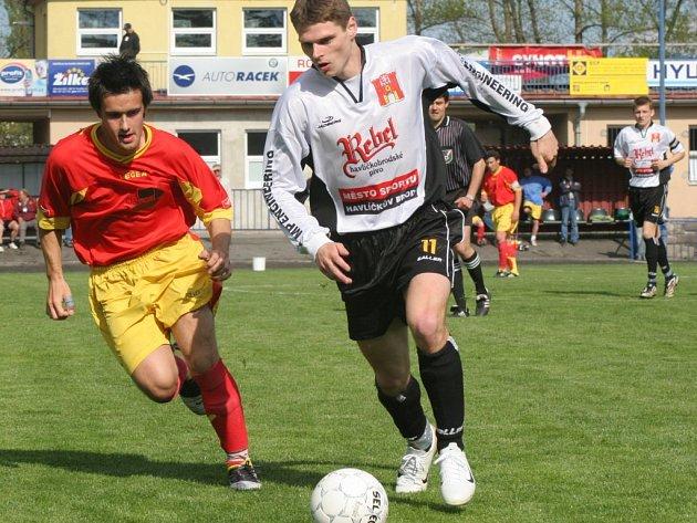 Na kraji zálohy se často potkávali Roman Provazník a ždírecký Petr Carda. Na body měl v konečném účtování navrch havlíčkobrodský záložník. Jeho tým vyhrál a Provazník navíc vstřelil i vítězný gól.