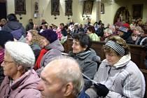 Vánoční koncert ve staropackém kostele.