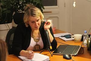 Starostka Martina Lisová (NK) obhájila pozici v čele obce. Foto: Deník/Martin Singr