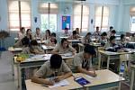 Thajští školáci chodí na vyučování výhradně vuniformách.