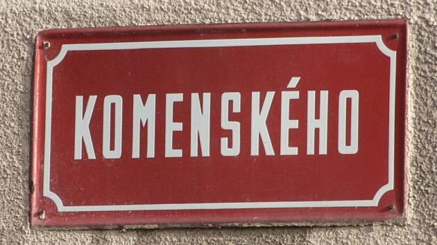 Komenského ulice v Jihlavě nabízí pestrou směs aktivit