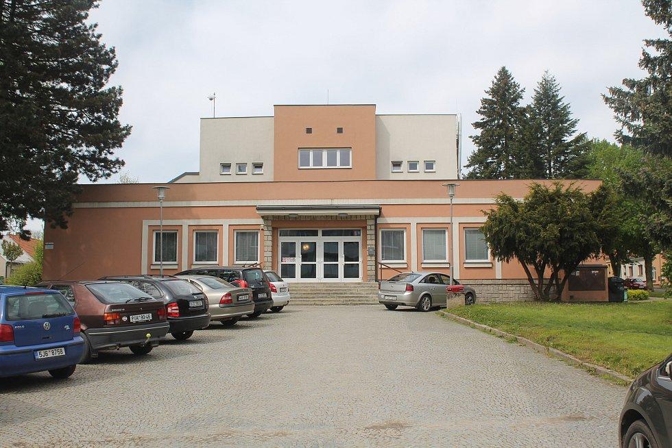 Kulturní dům v Třešti byl před deseti lety zateplený.