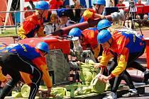 Sportovní zápal byl i při soutěži družstev v požárním útoku patrný na první pohled.