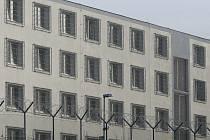 Smrt za mřížemi. Věznice v Rapoticích a Okresní státní zastupitelství v Třebíči už ukončily vyšetřování okolností sebevraždy dvaadvacetiletého vězně.