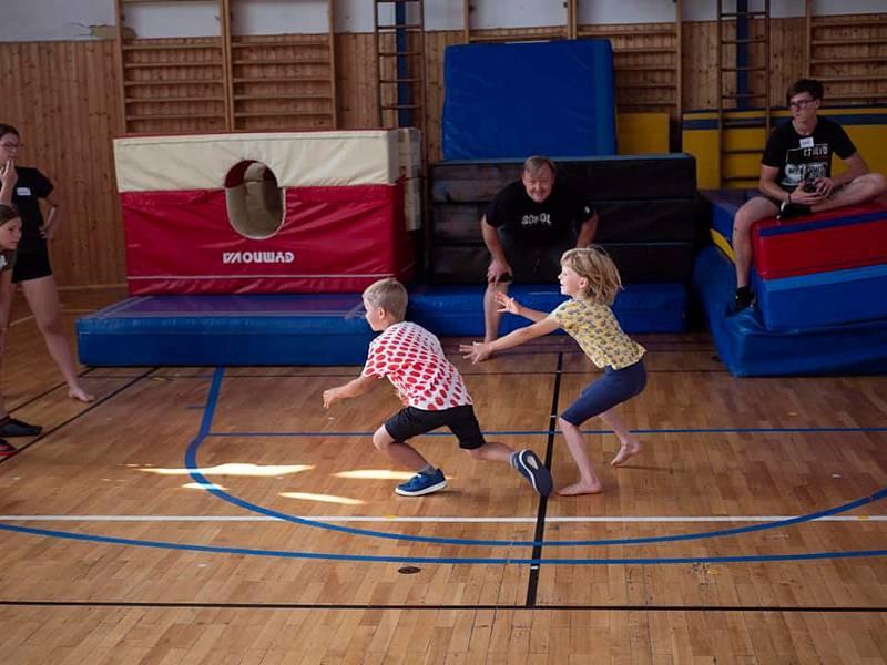 Aktivity příměstského tábora oddílu SGYM jihlavského Sokola. Tábory jsou zaměřené na sport a pohyb.