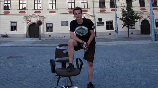 Jednou ze zastávek na trase bláznivého židloběžce Miroslava Jonáš byla také Jihlava.
