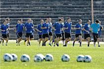 Po dovolených se sešli fotbalisté FC Vysočina na prvním tréninku před novou sezonu na stadionu Sokola Bedřichov.