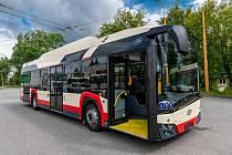 Jihlavský dopravní podnik předvedl nové autobusy včetně technických detailů.