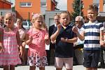 Dětem se v nové školce očividně líbilo.