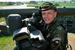 """Vojenské cvičení """"létající nosorožec"""" na letišti v Náměšti nad Oslavou skončilo. Na mezinárodním leteckém cvičení se spolupodíleli naši, britští, dánští a slovenští odborníci na vzdušnou ochranu."""