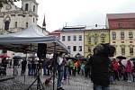 Demonstrace se zúčastnilo přes čtyři sta lidí.