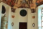 Santiniho barokní slavnosti.
