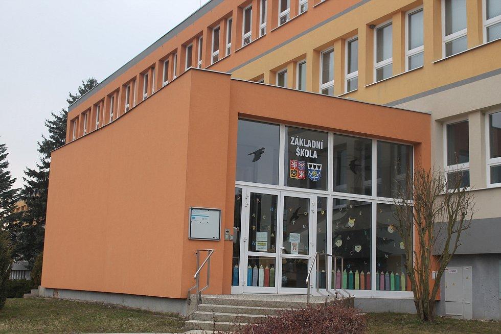 Škola je v současnosti zavřená i v Kamenici.