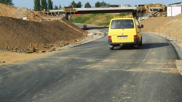 Silnice do Pístova.