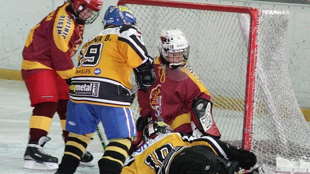 V hokejové lize žáků se dařilo i jihlavským páťákům, kteří porazili Vídeň 7:2.
