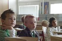 Prvňáčci poprvé usedli do školních lavic