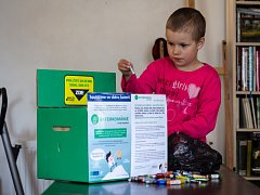 V Polné se podařilo vybrat neuvěřitelné množství baterek, díky tomu bude podpořena školačka Adélka.