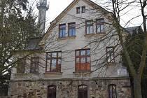 Někdejší škola je již dva roky opuštěná.  Foto: Kraj Vysočina