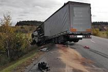 Tragická nehoda na silnici první třídy u Antonínova Dolu.