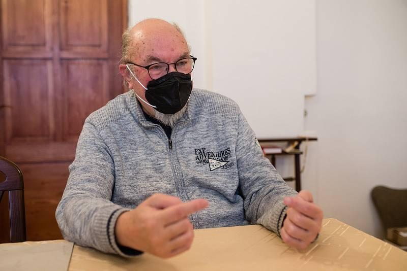 Jaroslav Maxmilián Kašparů.