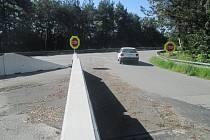 Znovu bude zavřený. Po tomto sjezdu na Pávově už řidiči od prvního prázdninového dne nesjedou. Kvůli nevyřešeným technickým úpravám Kraj Vysočina ukončil výjimku provozu.