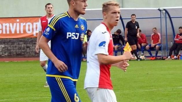 Ladislav Kolčava (v modrém).