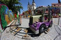 Jihlavské Masarykovo náměstí je od středy plné atrakcí. Svatojánská pouť v Jihlavě zakotví až do nedělní půlnoci.