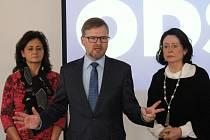 Předseda ODS Petr Fiala (uprostřed) vyzval na stranické nominační konferenci v Jihlavě premiéra Bohuslava Sobotku k tomu, aby ve věci podezřelého financování a daňových úniků ministra financí Andreje Babiše, neodkladně jednal.