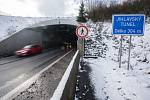 Úsekové radary měří od loňského roku rychlost řidičů také v Jihlavském tunelu.