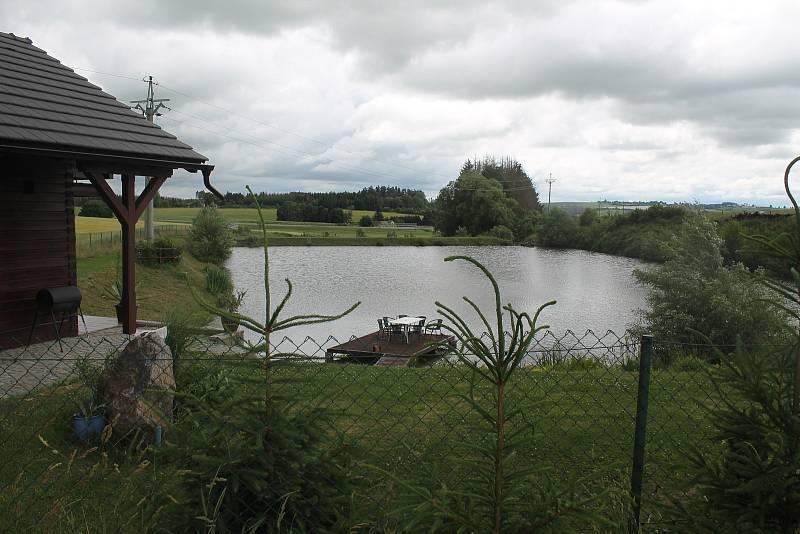 Příjemné prostředí nabízí rybník Nutlíz a jeho okolí.
