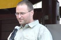 """Vítěz soutěže """"Dospělý kamarád"""" Petr Holý získal v anketě 562 hlasů."""