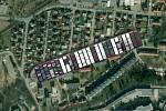 Kontejnerovou loď Ever Given, která téměř týden blokovala Suezský průplav, se podařilo uvolnit. Jak by to vypadalo, kdyby se zasekla v Třebíči v ulici Revoluční v Borovině.