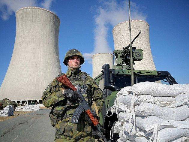 Jak reaktory ubránit proti teroristům, cvičili v Dukovanech