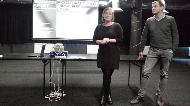 Podcasty Inspiračního fóra představili režisér Ivo Bystřičan a dramaturgyně Tereza Swadoschová.