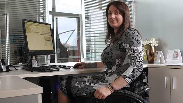 Marie Nahodilová pomáhá těm, co se ocitli na čtyřech kolech.