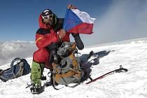 Novoměstský horolezec přidal druhý korálek k naplnění Koruny světa