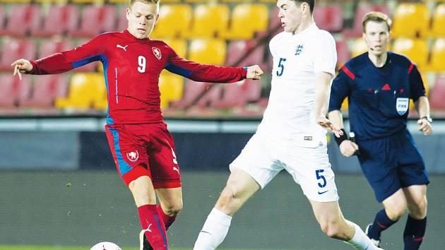 Po čtyřech letech si zahrál za fotbalová Lvíčata odchovanec jihlavského fotbalu a chotěbořský rodák Matěj Vydra.