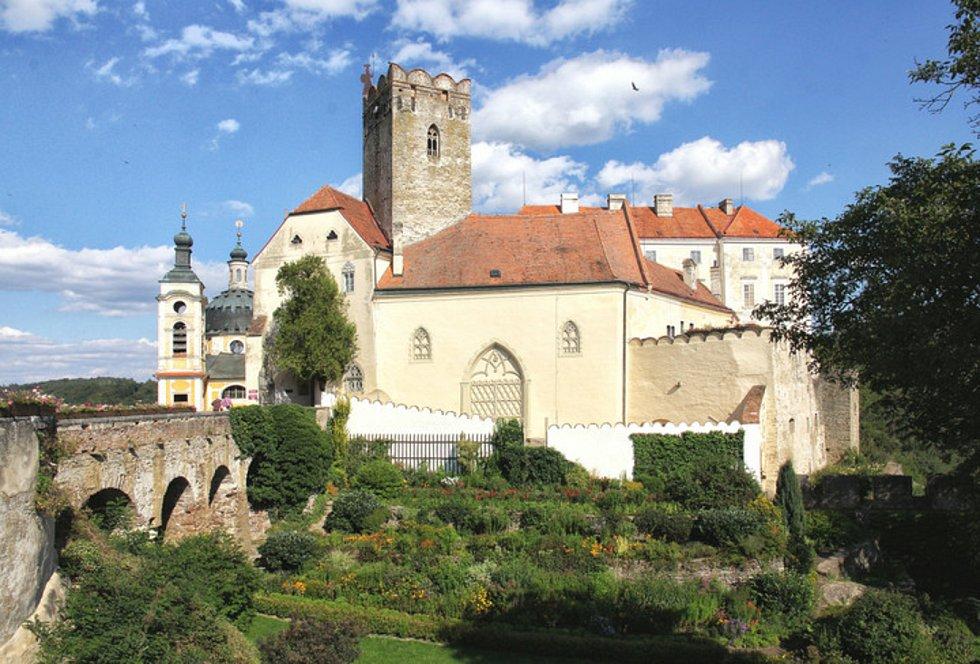 Zámek ve Vranově nad Dyjí. Lidé se nově dostanou i na věž.